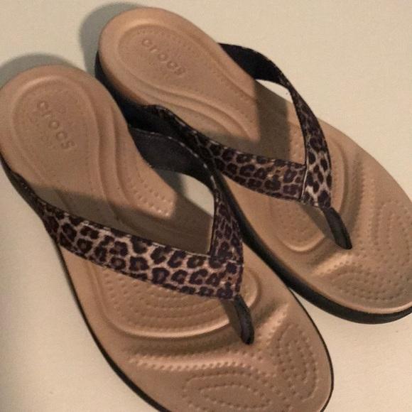 4bb51193d2ec CROCS Shoes - Crocs Dual Comfort Leopard Print Sandal